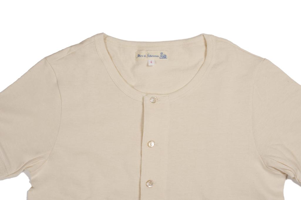 Merz b. Schwanen 2-Thread Heavy Weight T-Shirt - Henley Natural - Image 1