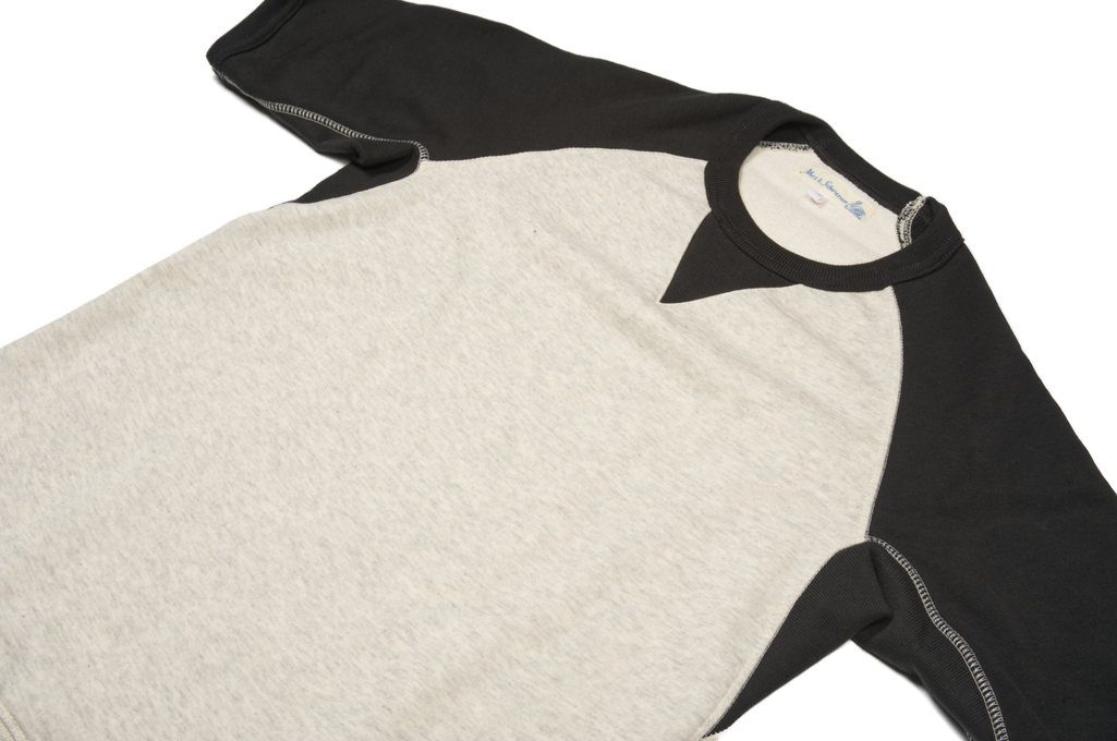 merz_charcoal_sweater_06-1025x680.jpg