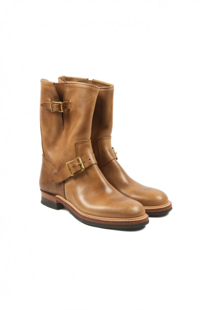 Flat Head Goodyear Welted Engineer Boots - Natural Pull-Up Chromexcel