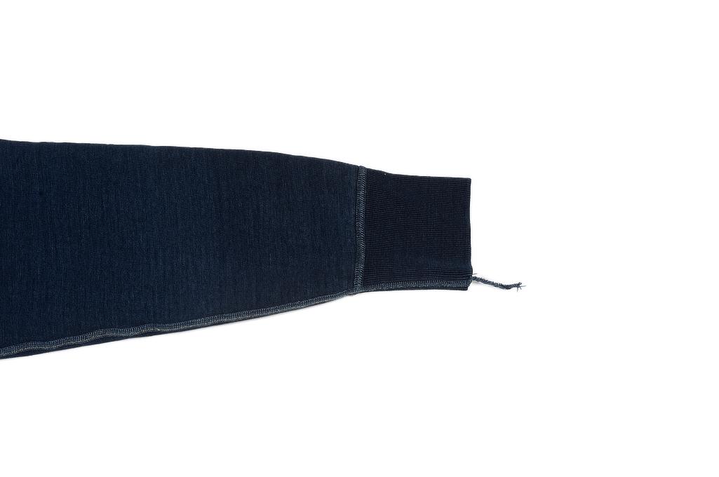 sda_aged_indigo_sweater_large_07-1025x68