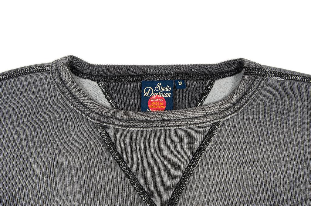 sda_agedblack_sweater_large_05-1025x680.