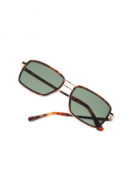 Self Edge x Globe Specs Cozumel Sunglasses - Dos