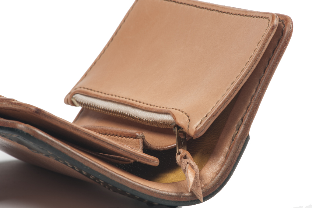 FH_WALLET_TAN_05-1025x682.jpg