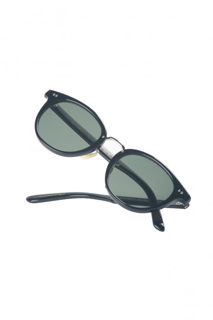 Globe Specs x Beauty & Youth = The Barracks - The Johnson 2014 - Black