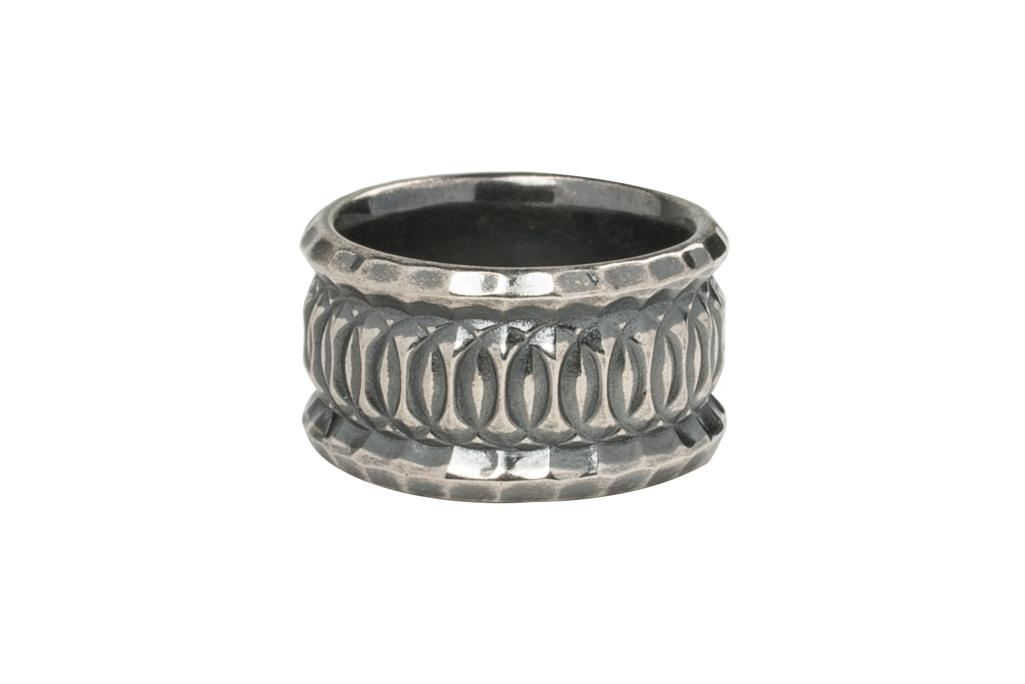 Neff Goldsmith Sterling Silver Vast Regal Ring - Image 2