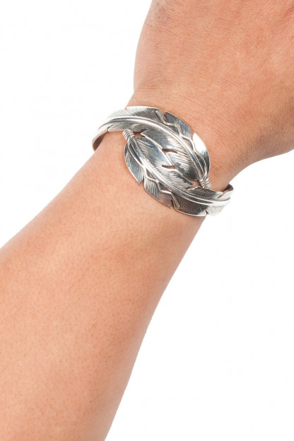 Double Crossed Feather Bracelet