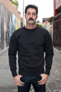 Strike Gold Heavy Loopwheeled Sweatshirt - Black - Image 0