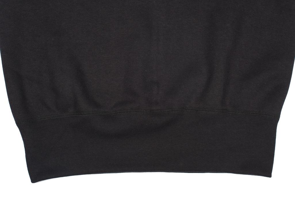 Strike Gold Heavy Loopwheeled Sweatshirt - Black - Image 2
